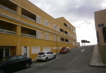 Flat in calle Tulipán, nº 2